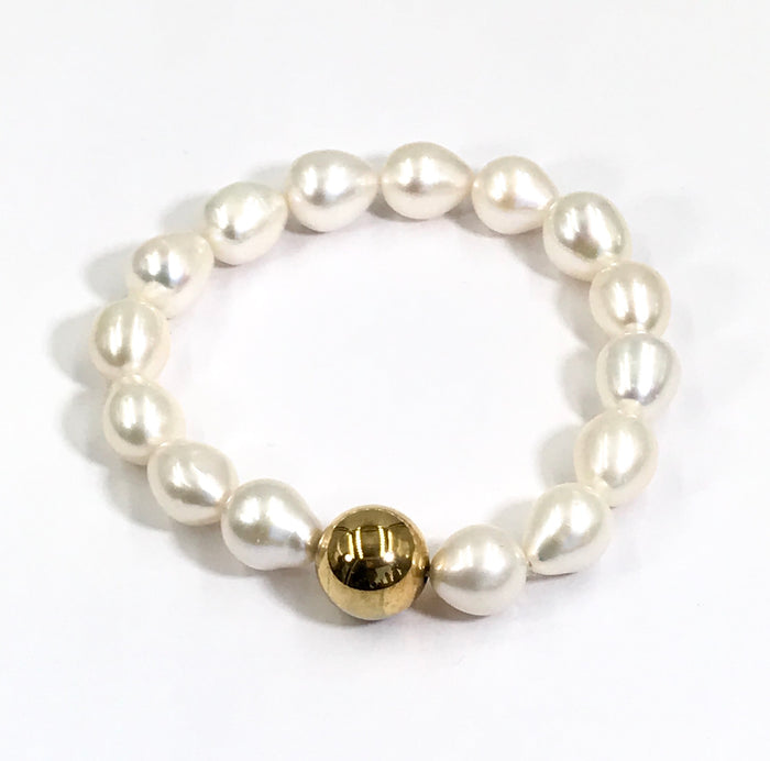 Baroque Pearl Ivory Stretch Bracelet with Gold Ball - doolittlejewelry