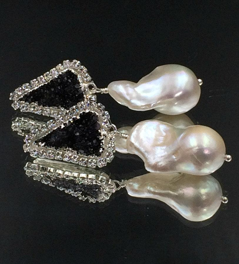 Baroque Pearl Black Druzy Dangle Wedding Earrings - doolittlejewelry