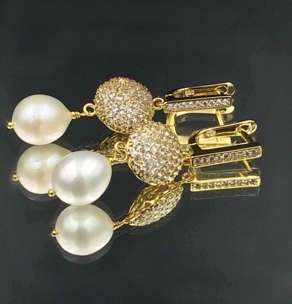 Baroque and Ivory Pearl Diamond Look Earring - doolittlejewelry