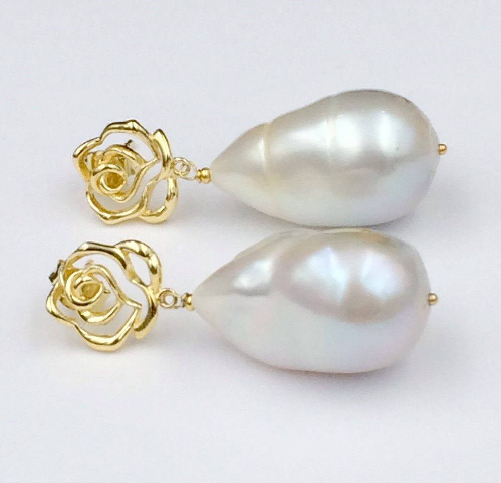 Baroque Pearl and Ivory Pearl Drop Earrings - doolittlejewelry