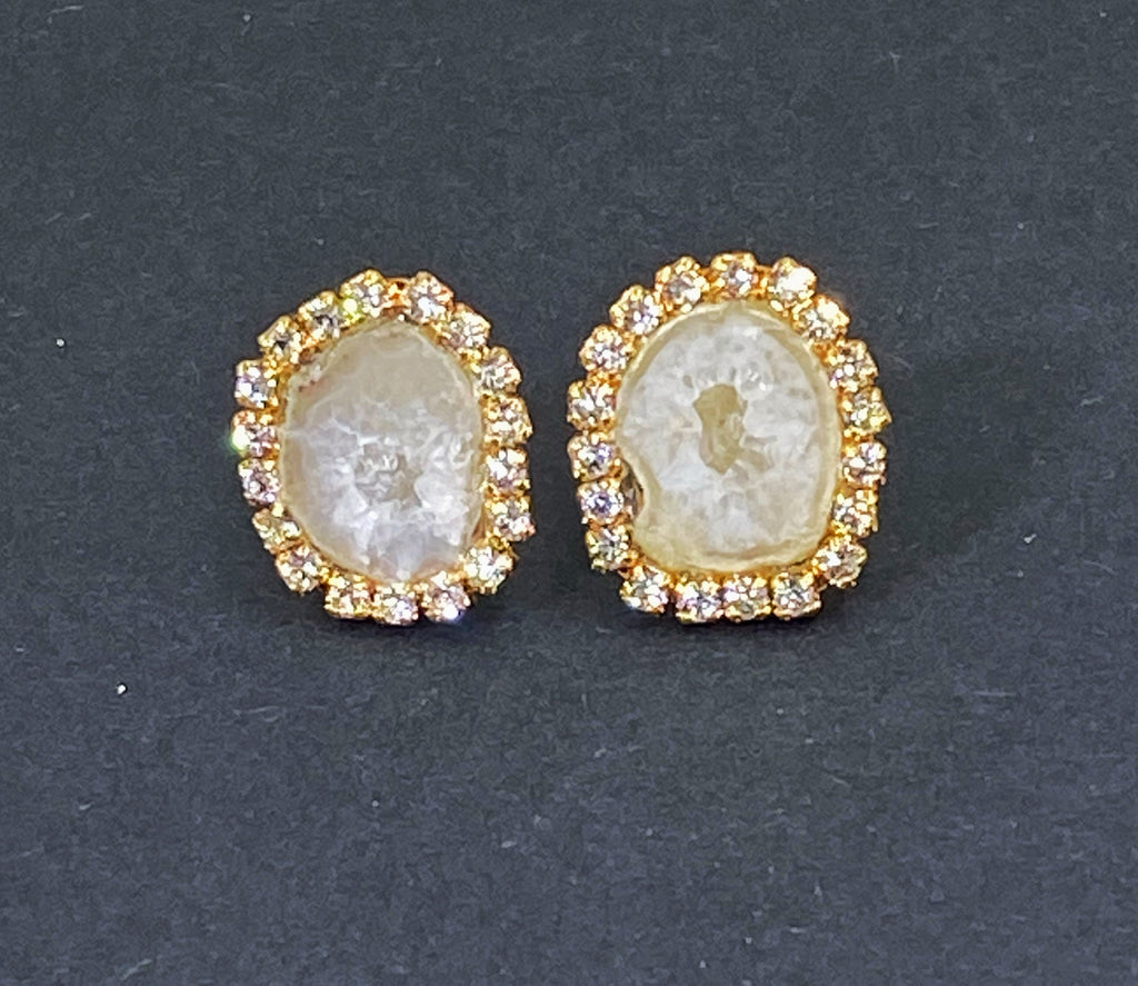 Ivory Tabasco Geode Slice Stud Bridal Earrings Creamy White