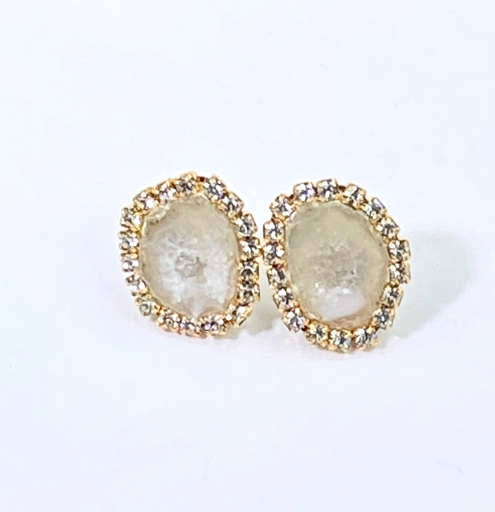 Ivory Tabasco Geode Slice Stud Bridal Earrings Creamy White - doolittlejewelry
