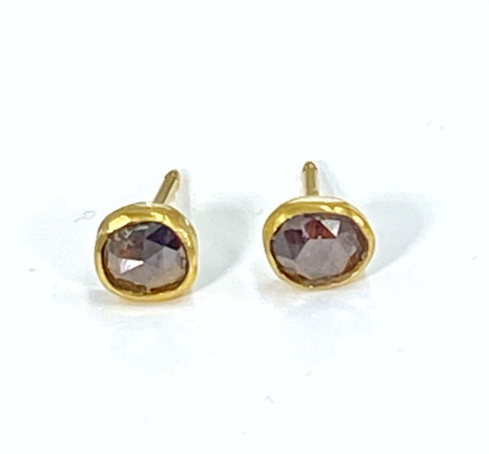 Chocolate Diamond Rose Cut Stud Earrings 22 kt Gold