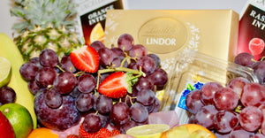 Deluxe Fruit & Chocolate Gift Hamper