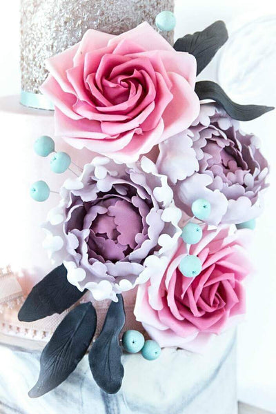 Floral Wedding- Sugar Flower Class with Emilys Cakes 23rd June