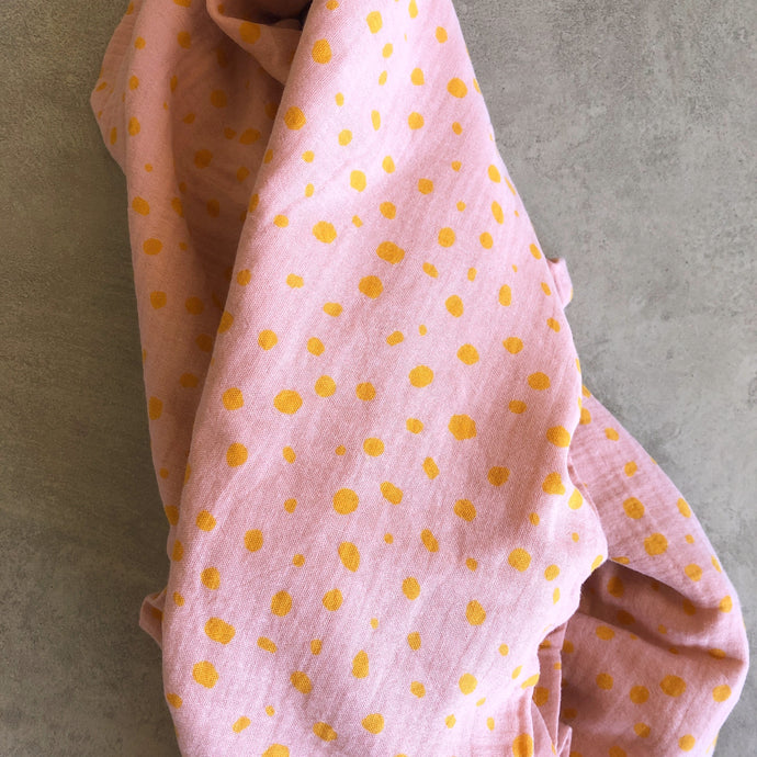 Pebble Baby Swaddle in Tulle Pink & Sunshine Yellow