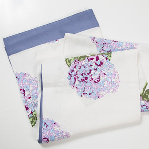 I'm not Perfect - Hydrangea Print Tablecloth