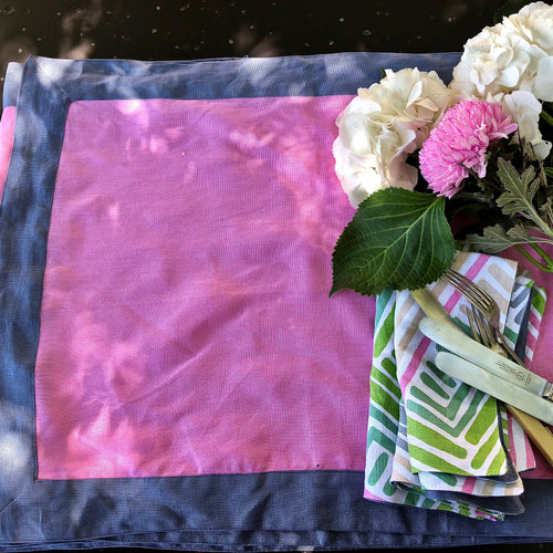 Paper Daisy Pink Table Runner