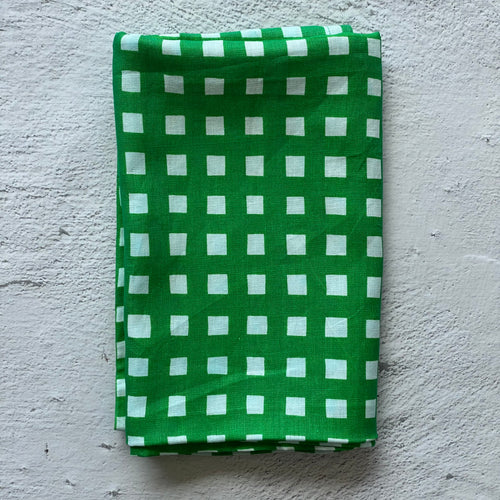 I'm not Perfect - Green Gingham Runner