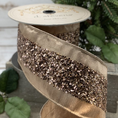 Ribbon in milk chocolate & sequins