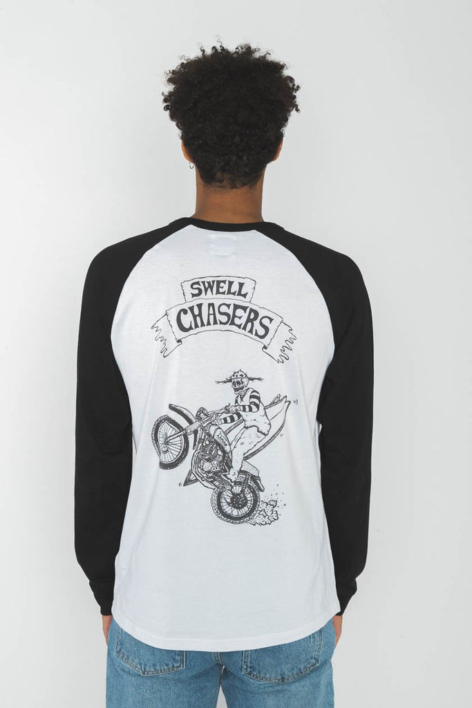 Swell Chasers Longsleeve - INMIND Clothing
