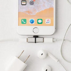 iphone headphones and charger accessory