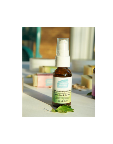 Barefoot-Naturals-Geranium-Green-Tea-Facial-Oil-Serum