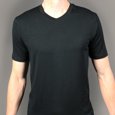 Highland V Neck // Black