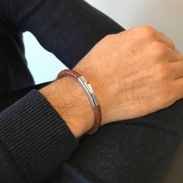 The Bold Wrist - Cognac Brown
