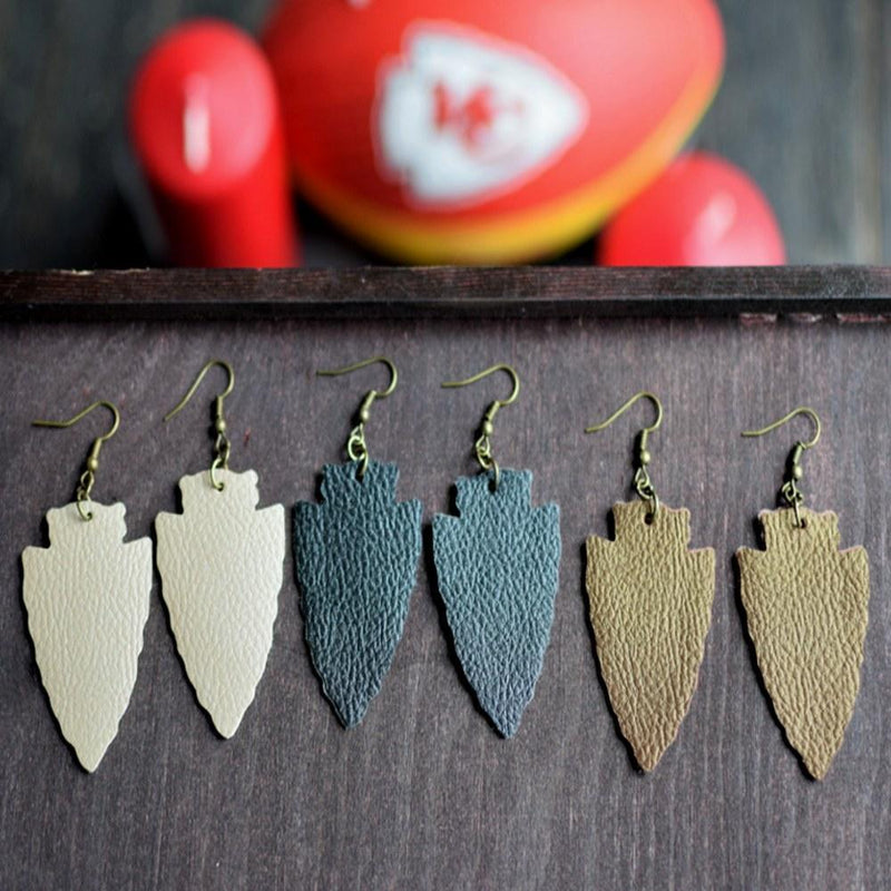 Arrowhead Leather Earrings - Black