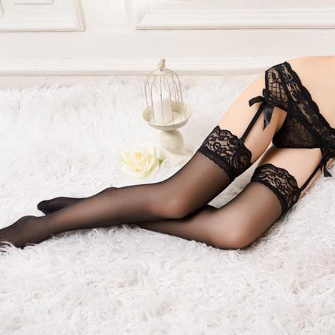 Lace Top Thigh-High Stockings & Garter Belt Suspender Set - Black