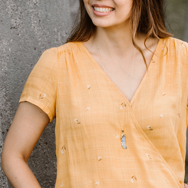 I Am at Peace | Kyanite Long Necklace in Gold 1