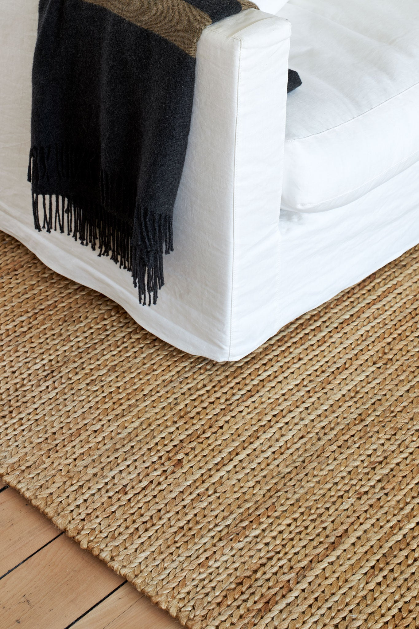 Nodi Handmade Rugs Pony Braid - Midnight Grey, sisal, jute rugs, jute rugs nz, sisal rugs nz, natural rugs, designer rugs, woollen rugs