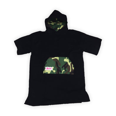 The Amigo Teen Towel Poncho - Black/Camo