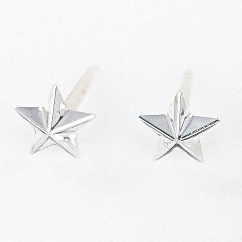 Tiny Star Earrings (Studs) - silver