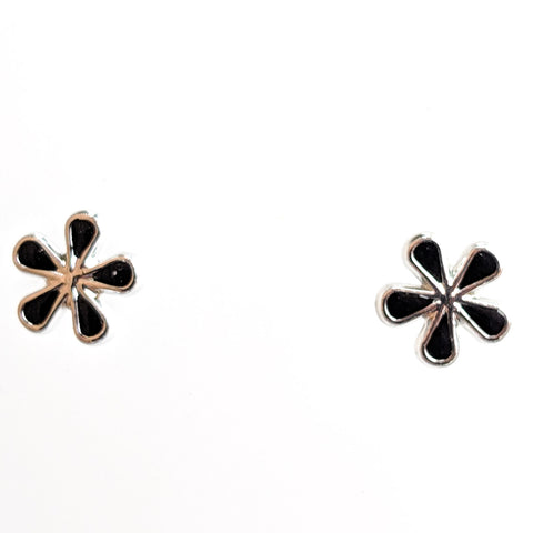 Monochrome Flower Earrings (Studs) - black