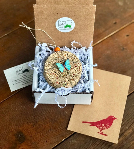 Image of Birdseed Ornament Gift Box | 1 Hanging Bird Feeder + Personalized Card