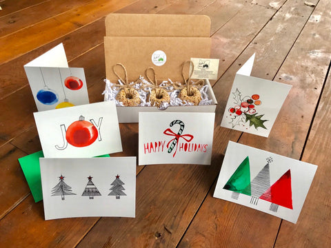 Image of Christmas Birdseed Wreath Ornament Gift Box (C) | 3 Hanging Bird Feeders + Personalized Card