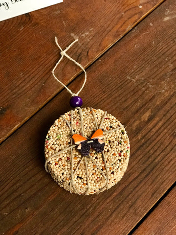 Image of Butterfly Theme Birdseed Ornament Gift Box (A) | 1 Hanging Bird Feeder + Personalized Card