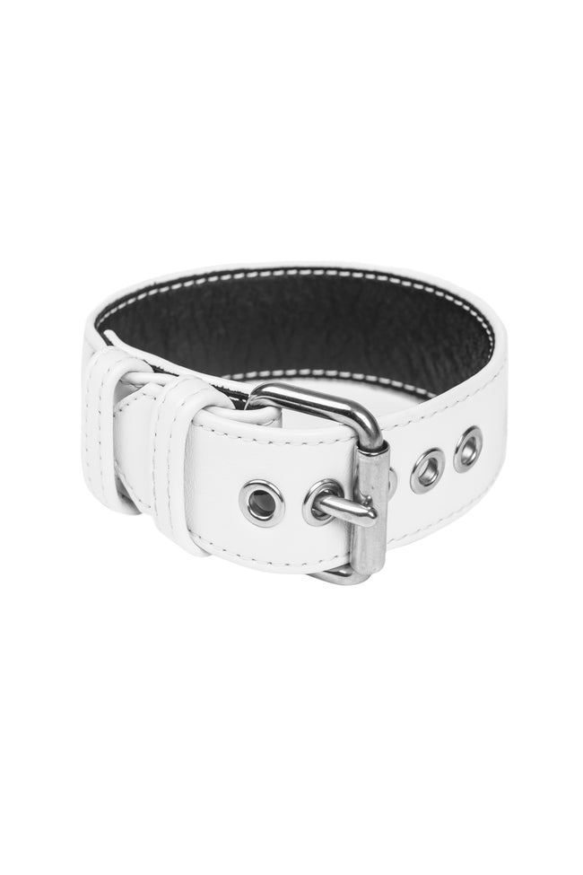 White leather armband belt with stainless steel buckle in a ring