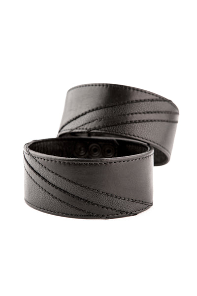 "2"" black leather armband with matt black chevron detailing"