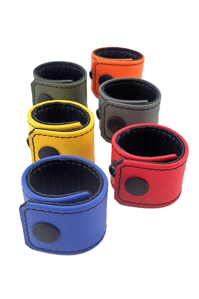 "6 coloured leather 1.5"" wide ball stretchers"