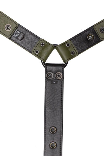 Army green leather bulldog harness connector with black hardware. Lining.