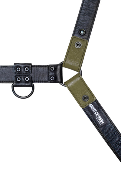Army green leather bulldog harness with black hardware. Lining.