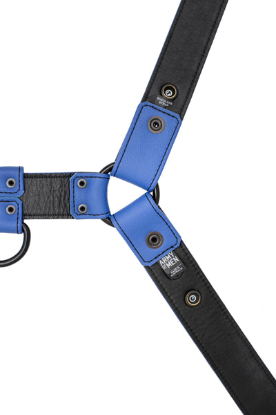 Full blue leather bulldog harness with black hardware. Lining.