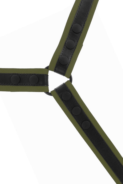 Lightweight army green leather bulldog harness.