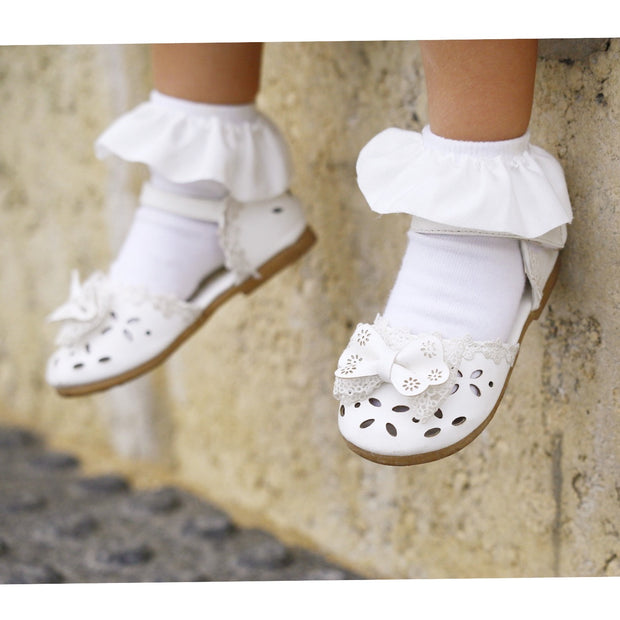Toya Frilly Socks- White - SEO Optimizer Test
