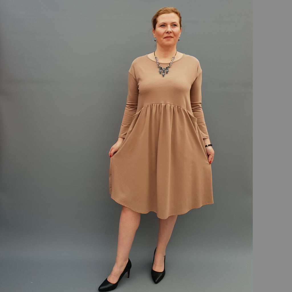 Plus Size Jersey Swing Dress Long Sleeve Front Pockets Widened Back Cotton [L1105_BEIGE] - size 16 18 20 22 24 26 28 30 32 34 36 38 40 42 Wolfairy