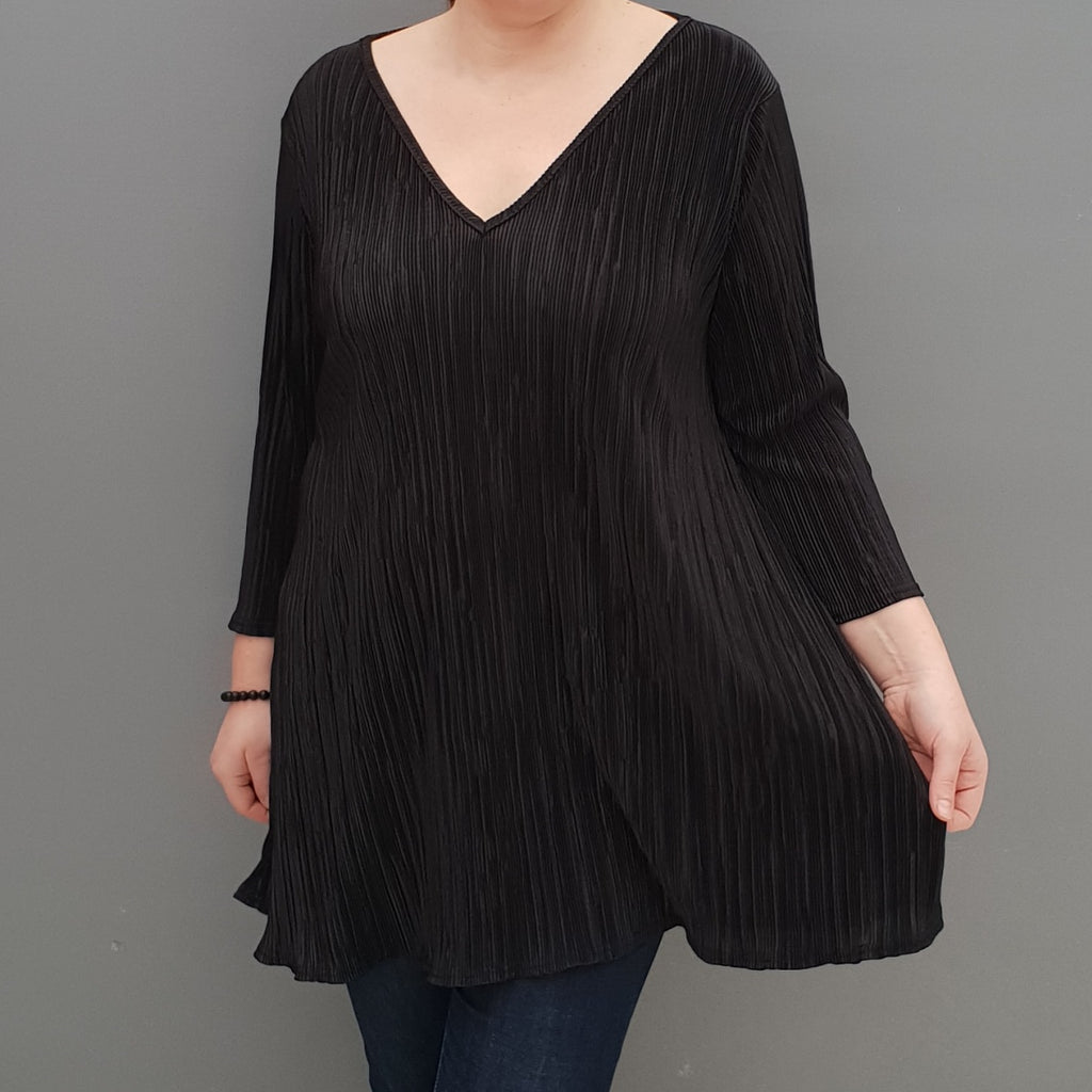Wolfairy Plus Size V-neck Swing Pleated Stretchy Top Tunic  [L1126_BLACK2]