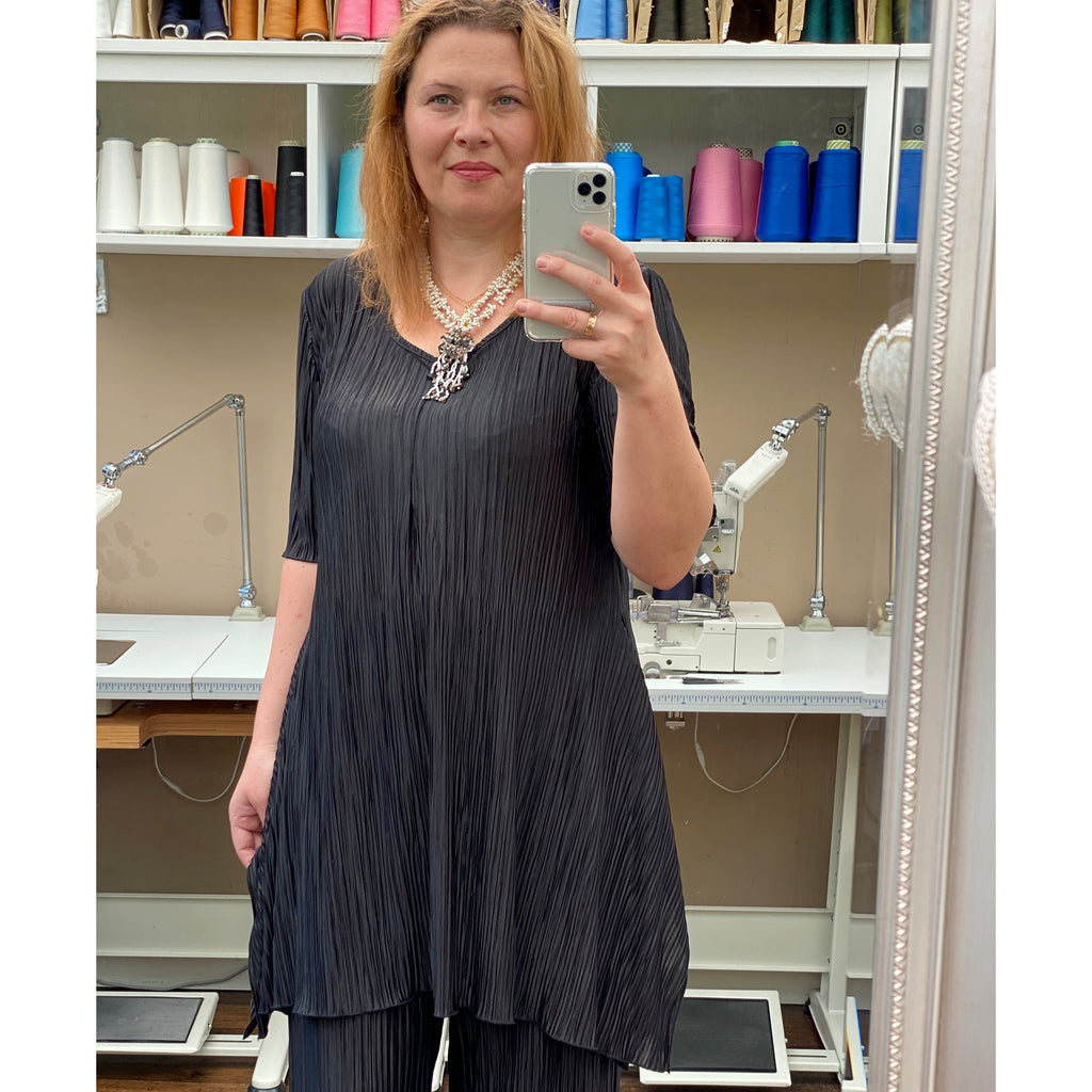 Plus Size Handkerchief Stretchy Long Top Tunic Elbow Sleeve [L1148_BLACK]