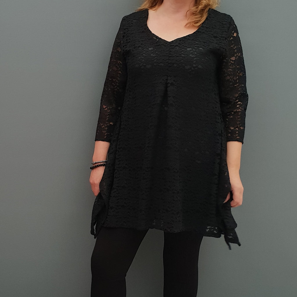 Plus size handkerchief crochet lace top blouse with lining [L1088_BLACK] - size 16 18 20 22 24 26 28 30 32 34 36 38 40 42 Wolfairy