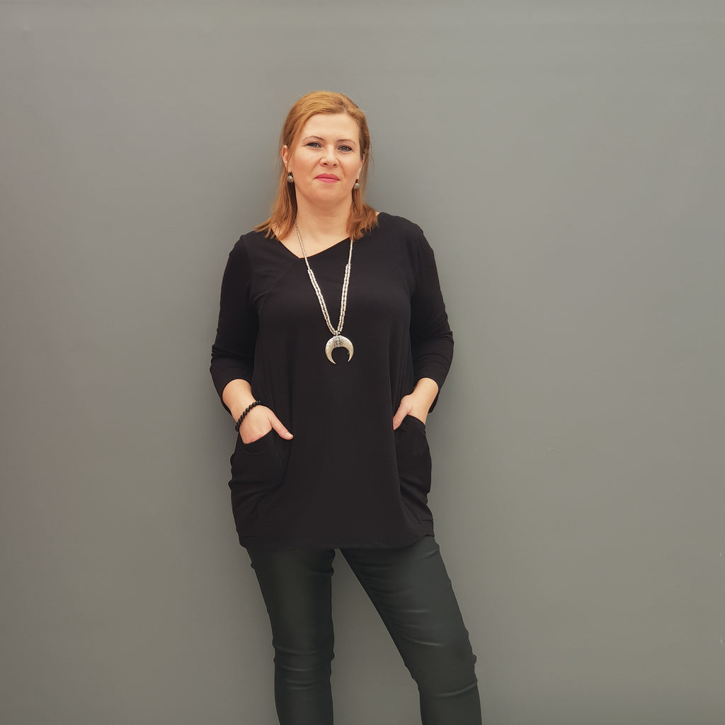 Plus Size Asymmetric Jersey Top Blouse with Pockets [L1109_BLACK] - size 16 18 20 22 24 26 28 30 32 34 36 38 40 42 Wolfairy