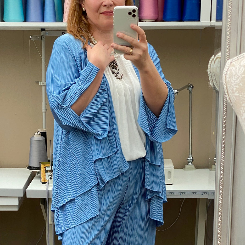 Plus Size Light Weight Pleated Cardigan Jacket [L1149_BLUE]