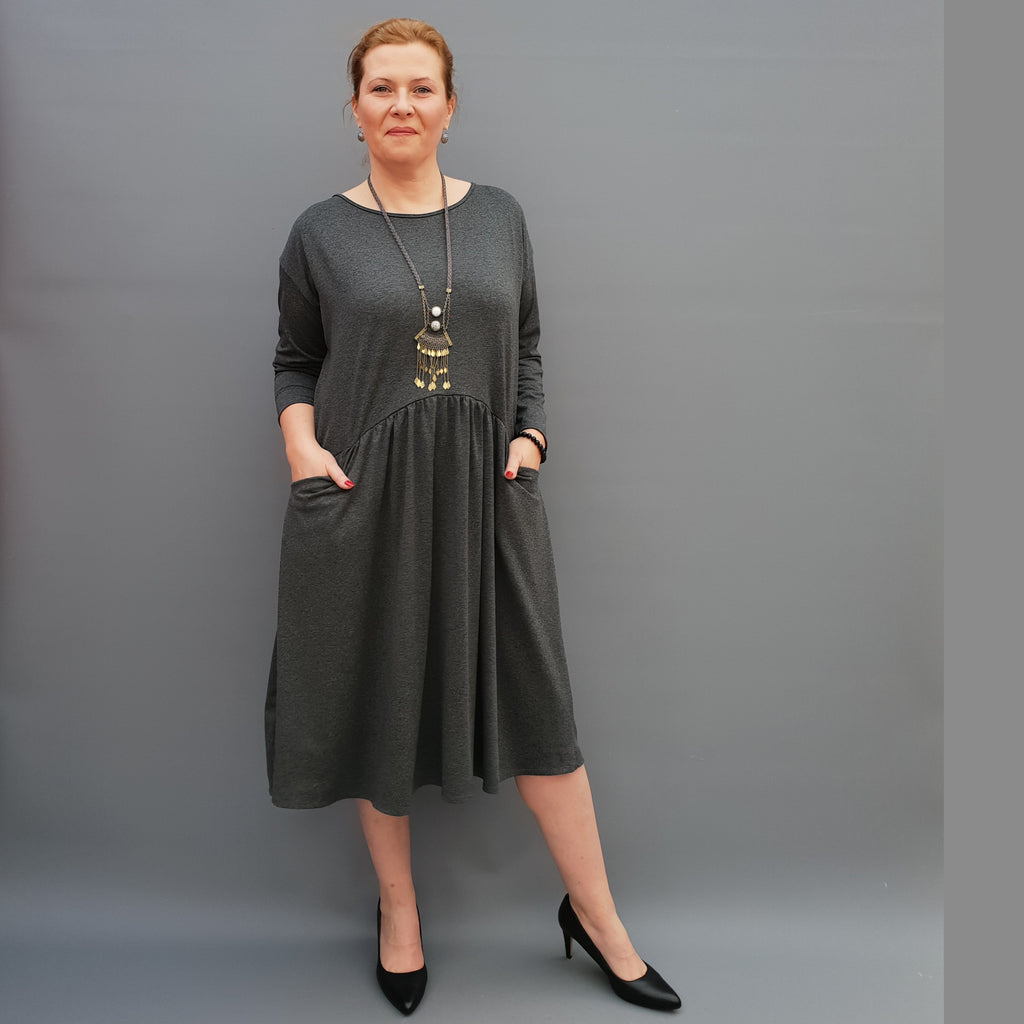 Plus Size Jersey Swing Dress Long Sleeve Front Pockets Widened Back Cotton [L1105_GRAPHITE] - size 16 18 20 22 24 26 28 30 32 34 36 38 40 42 Wolfairy