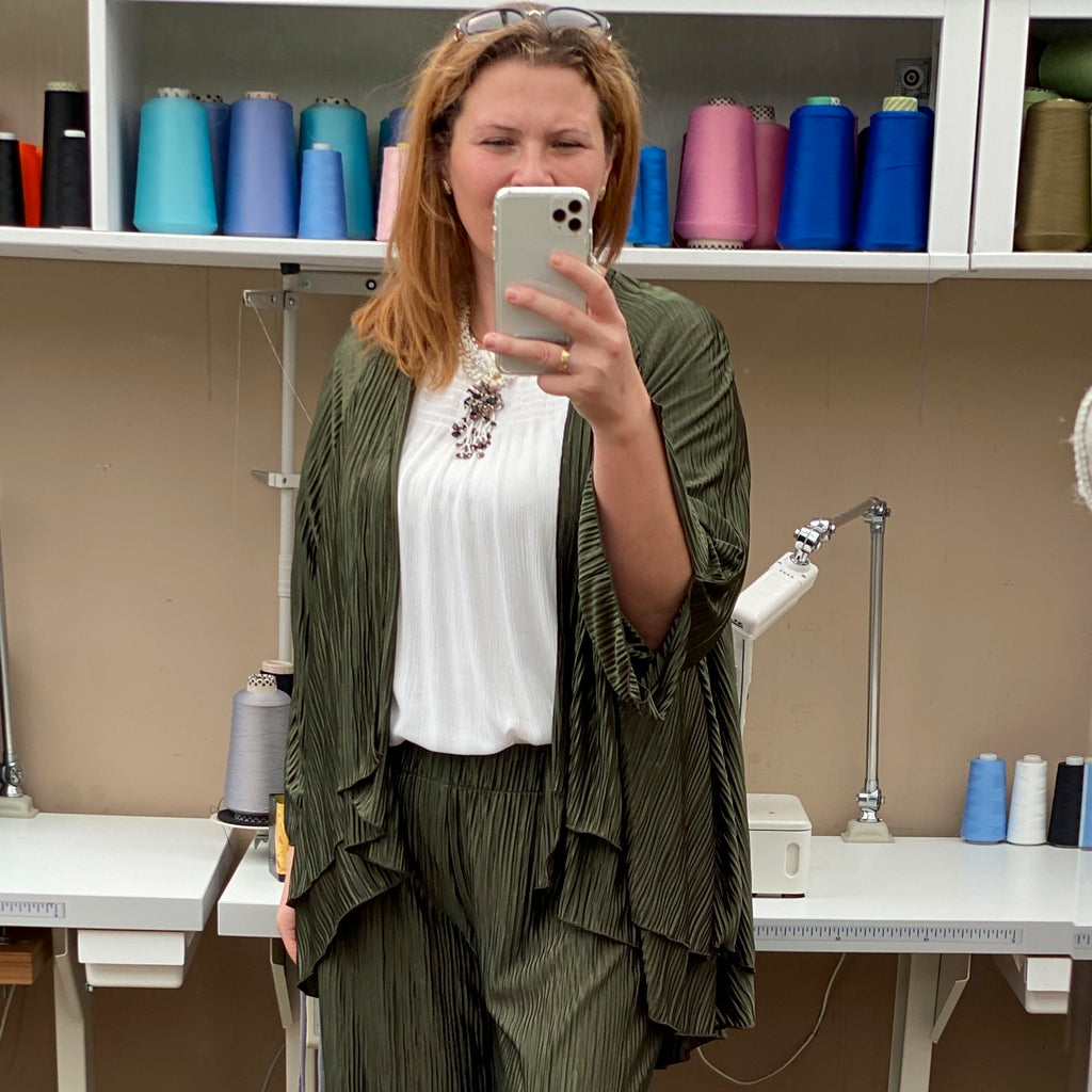 Plus Size Light Weight Pleated Cardigan Jacket [L1149_OLIVE]