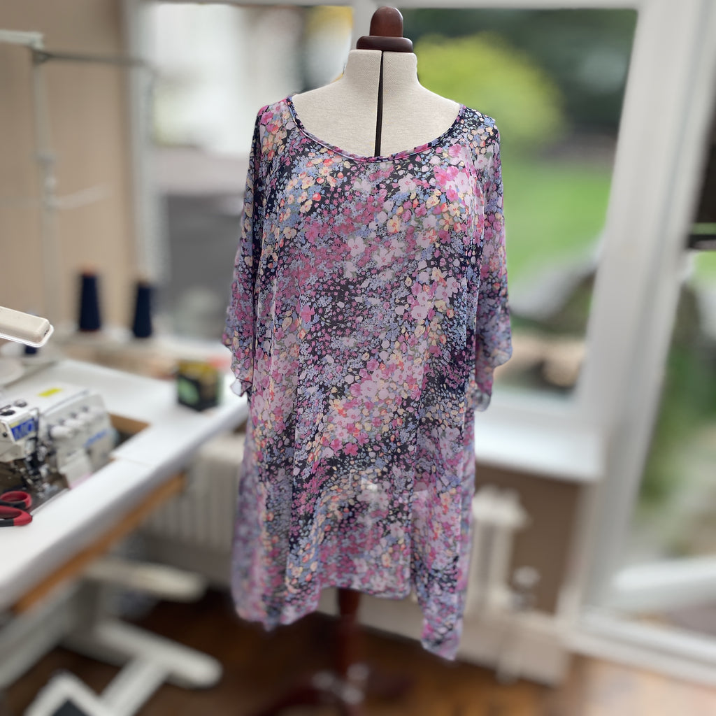 Handkerchief Chiffon Floral Top Tunic Short Sleeve with Slit [L1153_PINK]