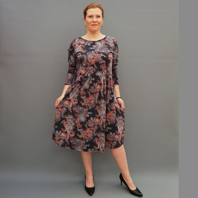 Plus Size Jersey Swing Dress Long Sleeve Front Pockets Widened Back Cotton [L1105_PAISLEY] - size 16 18 20 22 24 26 28 30 32 34 36 38 40 42 Wolfairy