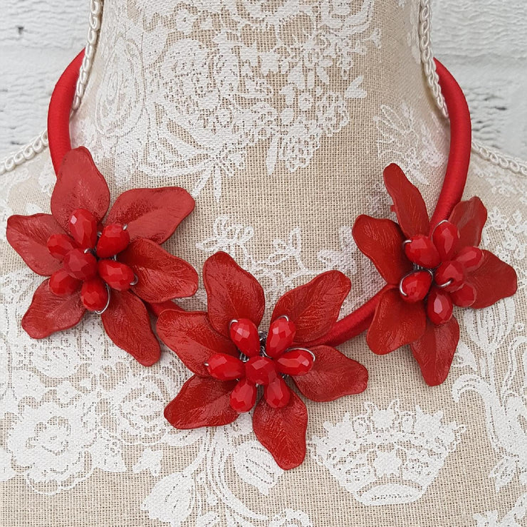 Floral Short Necklace Embellished [L1004_RED] - size 16 18 20 22 24 26 28 30 32 34 36 38 40 42 Wolfairy
