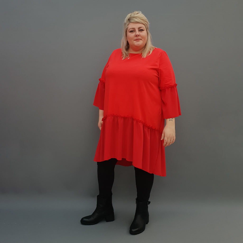 Plus Size Swing Jersey Cotton Top Longer Back with Chiffon Hem [L1120_RED] - size 16 18 20 22 24 26 28 30 32 34 36 38 40 42 Wolfairy