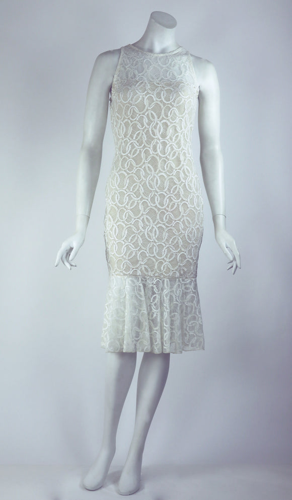 GOLDIE Fitted Lace Dress Cream